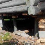 Стоимость замены нижних венцов бревенчатого дома